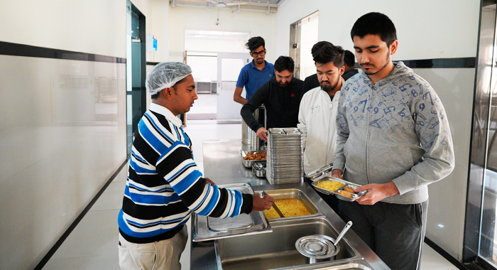 water and food facilities in Kota hostels